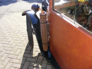 vintage car umbrella basket