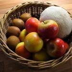 willow fruit basket made in UK