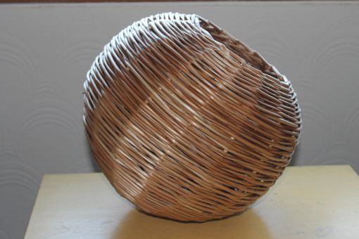 round willow light pendant