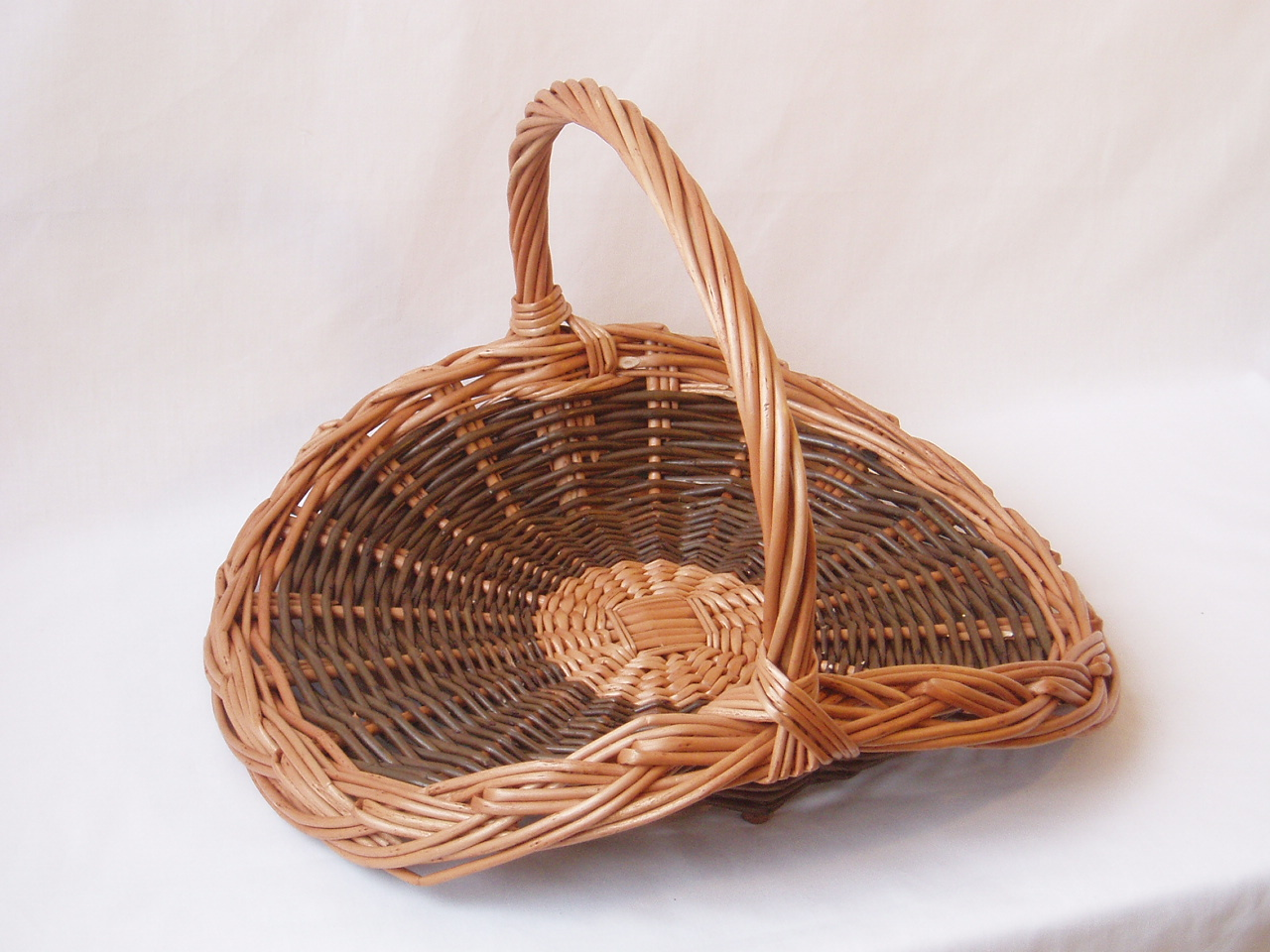 Rattan Flower Baskets : Round flower basket wicker baskets