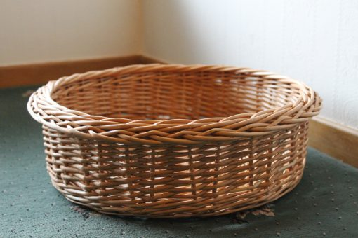 round basket in buff willow