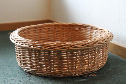 round basket in buff willow