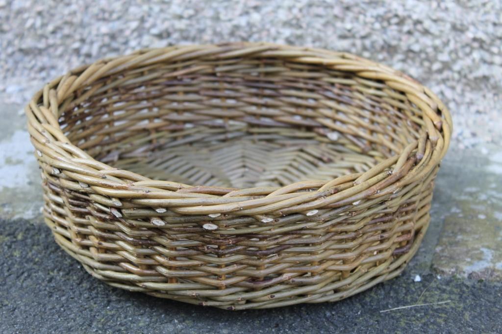 Green Willow Fruit Basket Made In Uk