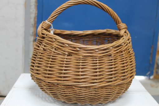 round willow shopping basket