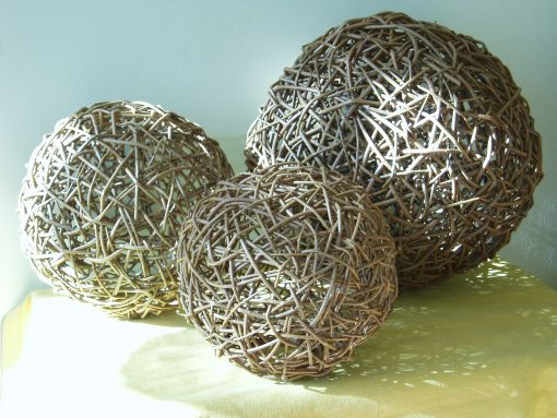 willow sphere light pendants