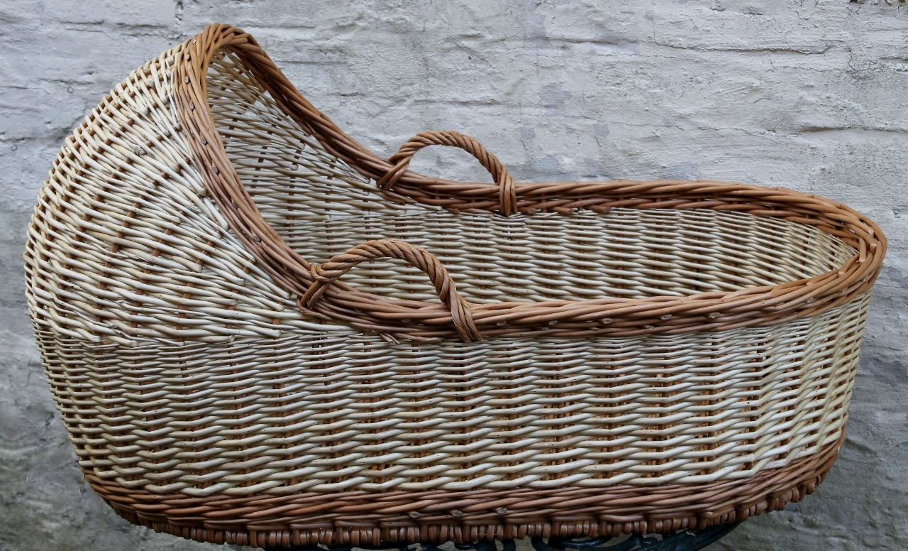 How To Weave A Moses Basket : Moses basket wicker baskets